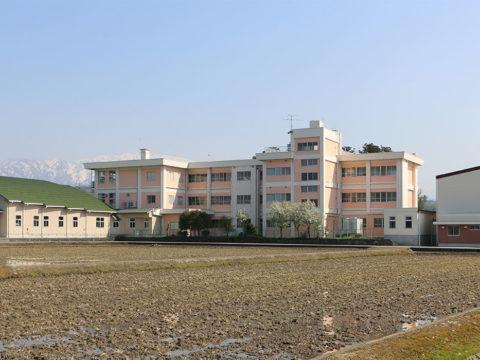 荻生小学校